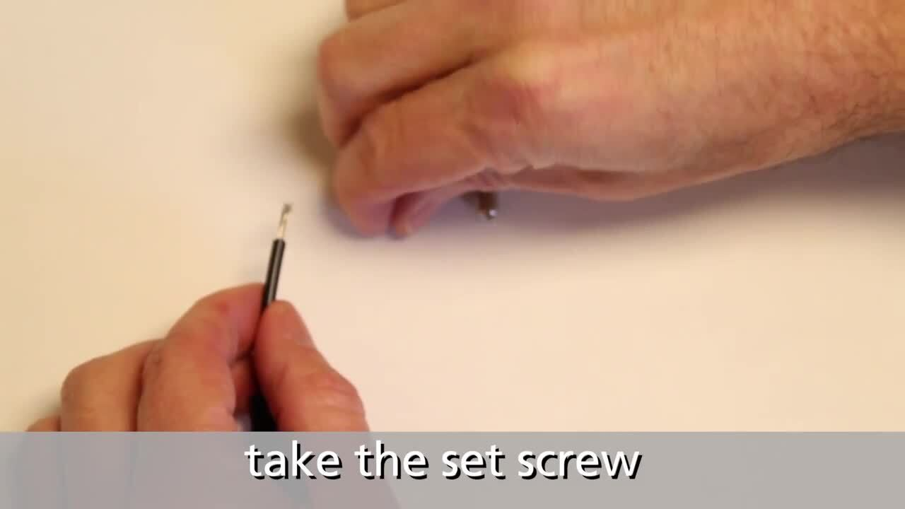 How to Secure a Banana to a Wire with an Internal Set Screw