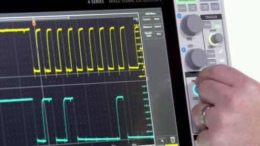 4 Series MSO Mixed Signal Oscilloscope