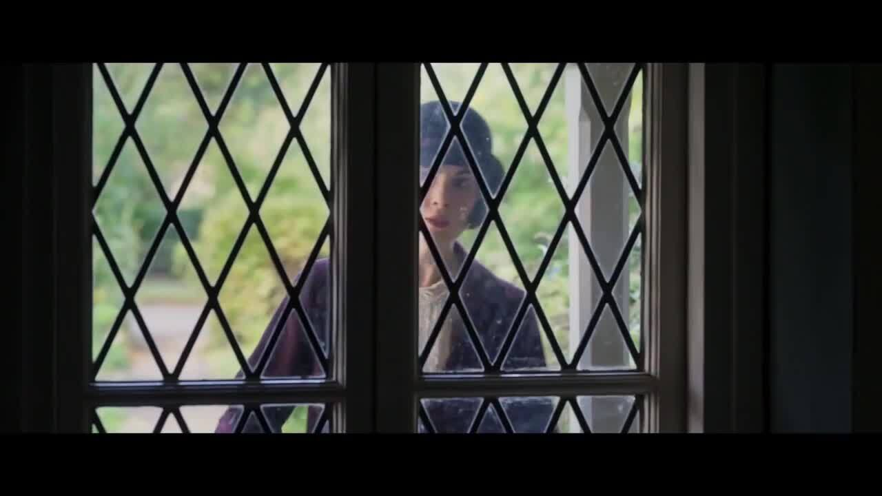 Play trailer for Downton Abbey