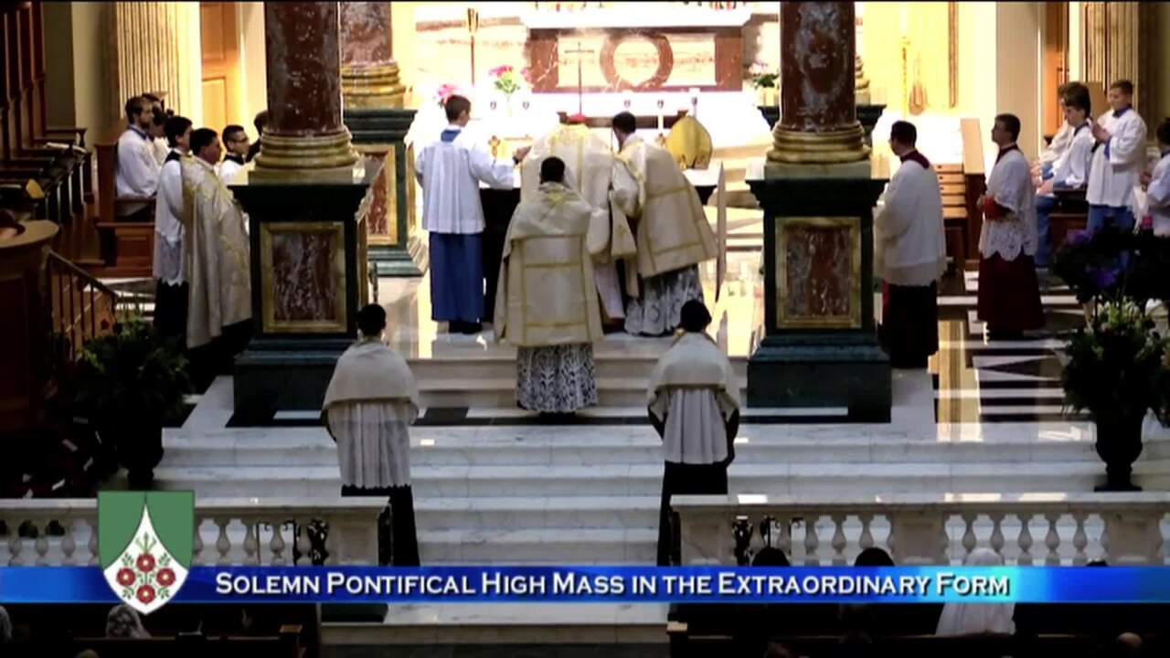 2019-12-21 - Solemn Pontifical High Mass in the Extraordinary Form
