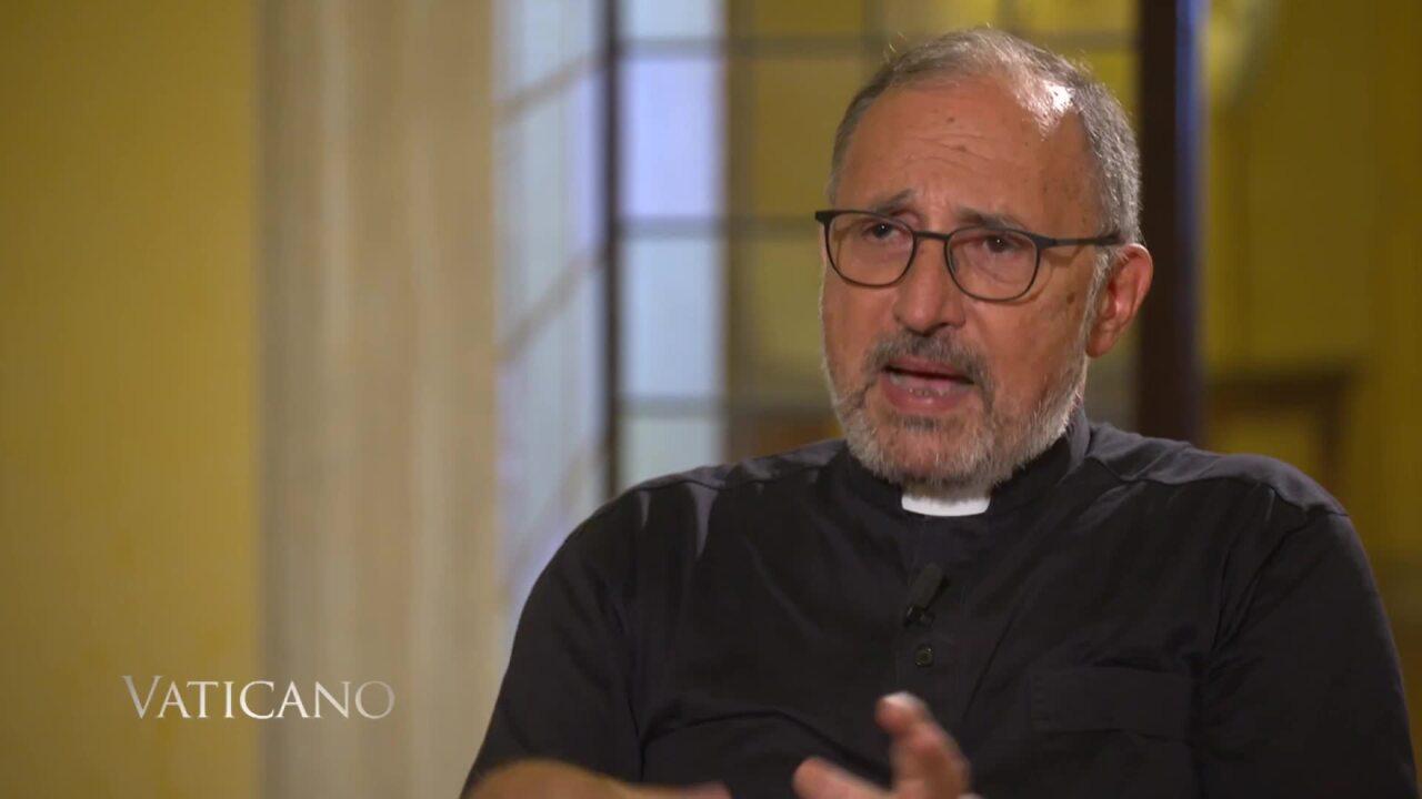 """2021-08-21 - Iglesia Católica en China""""esta Semana en Vaticano"""