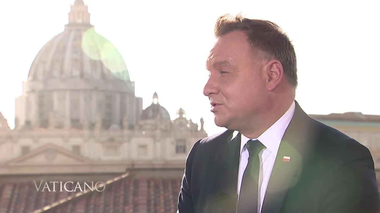 2020-10-11 - Mike Pompeo at the Vatican & Interview with President of Poland