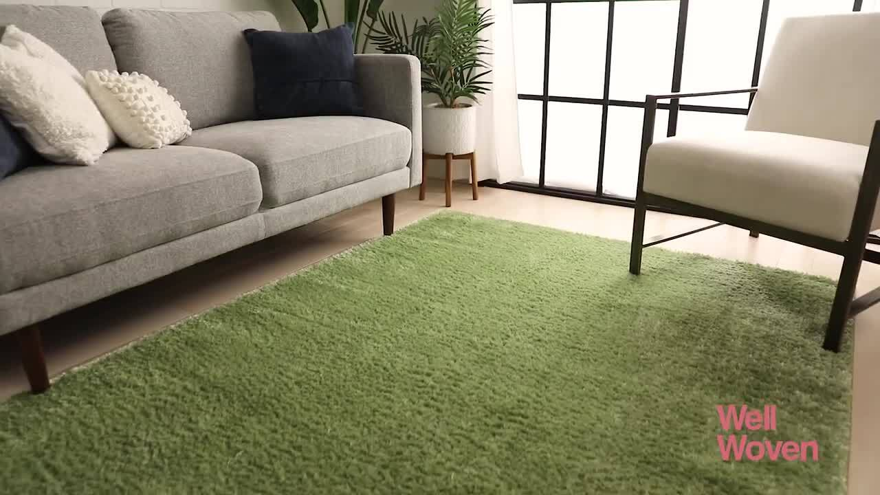 Well Woven Rainbow Chroma Glam Solid Green 7 Ft 10 In X 9 Ft 10 In Multi Textured Shimmer Pile Shag Area Rug Ra 15 7 The Home Depot