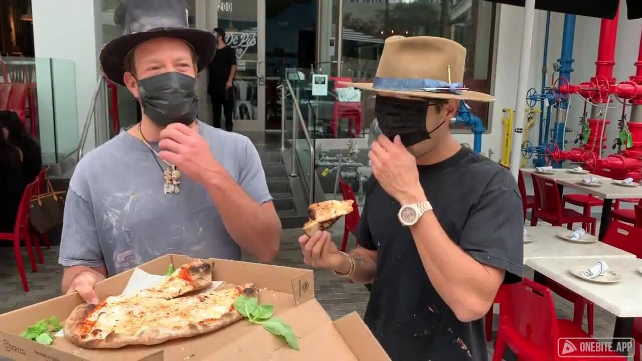 Barstool Pizza Review - Johns Pizzeria Jersey City, Nj -1158