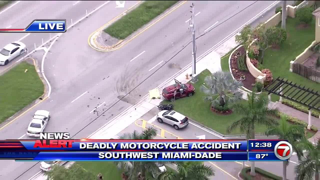 1 dead in fatal crash with motorcycle in SW Miami-Dade