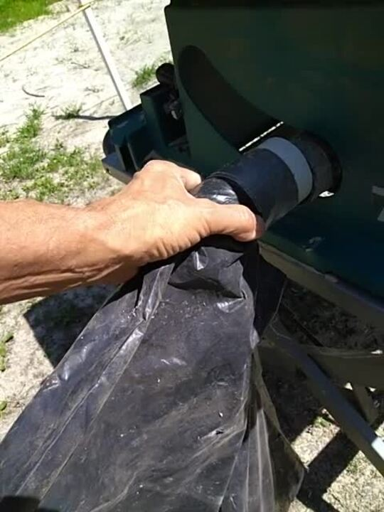 Garbage-Bag Dust Collector for Tablesaw