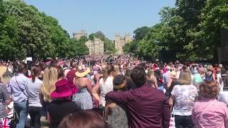 Crowd at Windsor Castle joins in for a rendition of Ben E King's 'Stand By Me'