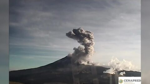 Timelapse shows impressive explosion from Mexico's Popocatepetl volcano