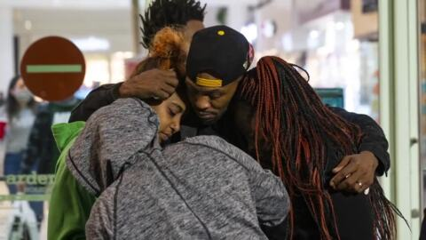 'We need the community to stand up.' Family of teens killed at mall call for justice