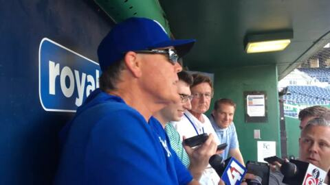 Royals manager Ned Yost teaches media about the moon landing