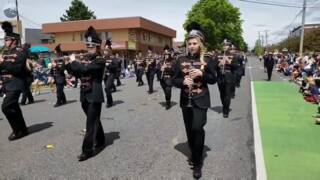 2018 Whatcom Memorial Day Parade marches in Bellingham