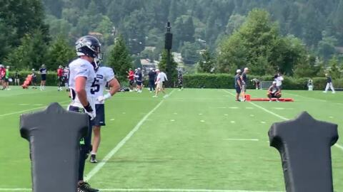 Seahawks camp day 6: Bobby Wagner still away, Jamarco Jones injury exposes depth issues