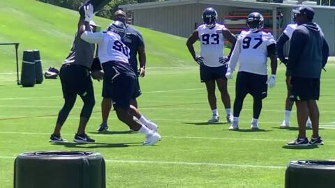 Seahawks' 10 1/2-sack man Jarran Reed practices for the first time since January