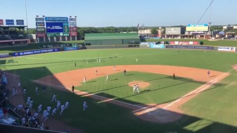 Southlake Carroll punches final out to win second straight state title