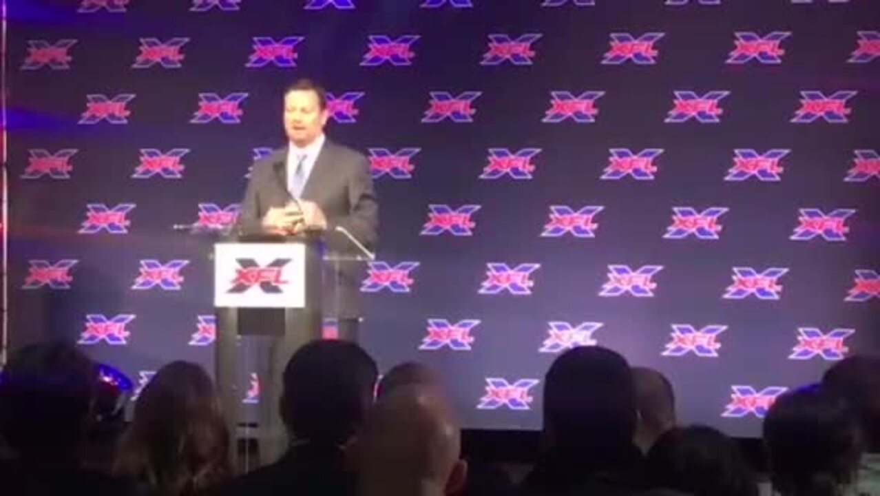 Former SMU coach to guide Houston's XFL franchise