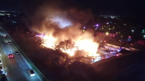 Fort Worth firefighters battle three-alarm fire at apartment complex