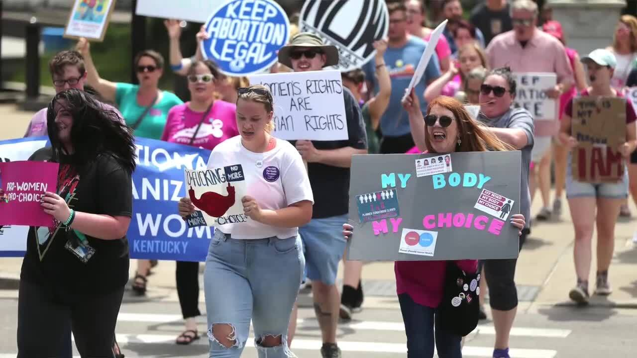 'Roe v. Wade is under attack.' Abortion rights protesters rally in Lexington.
