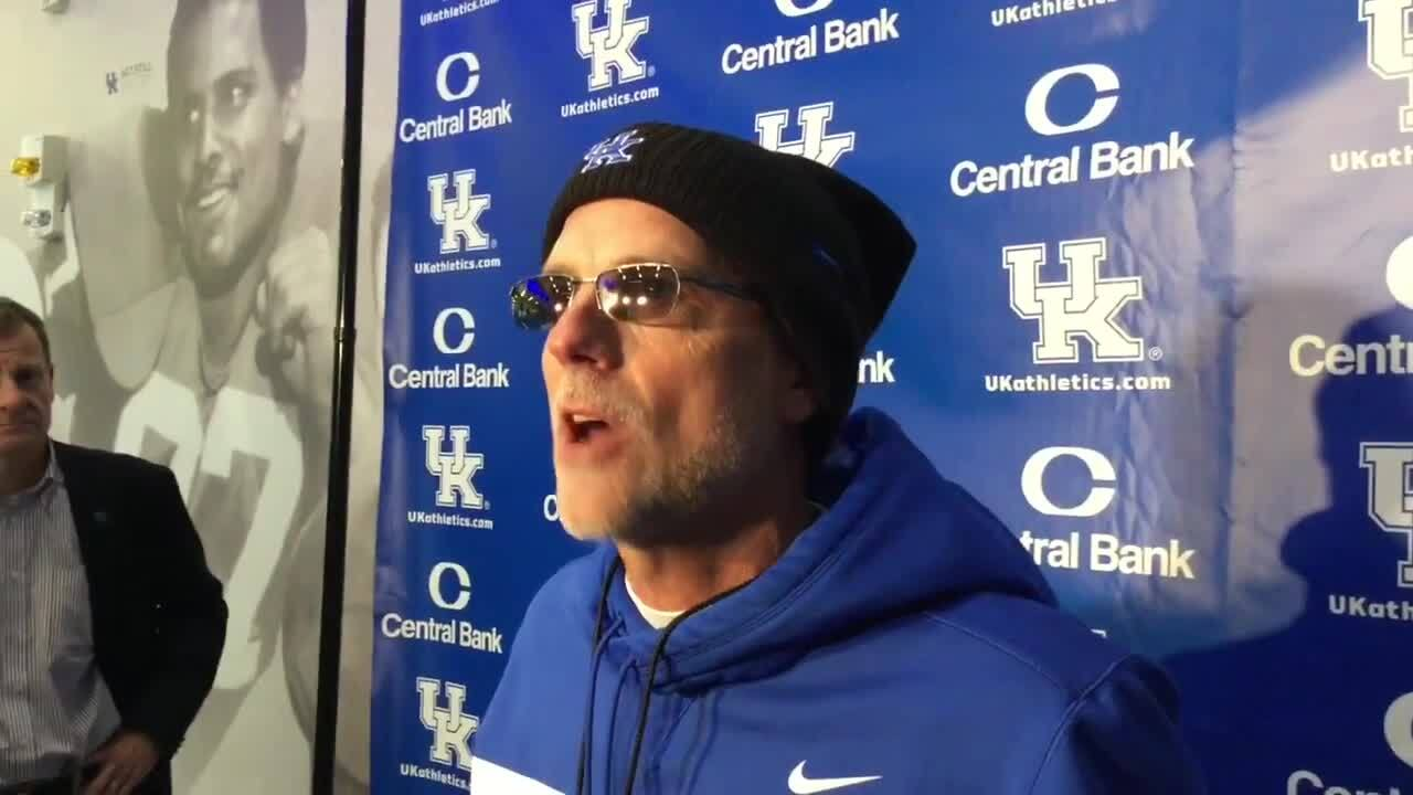 Podcasts: Talking to Middle Tennessee and Kentucky football beat writers