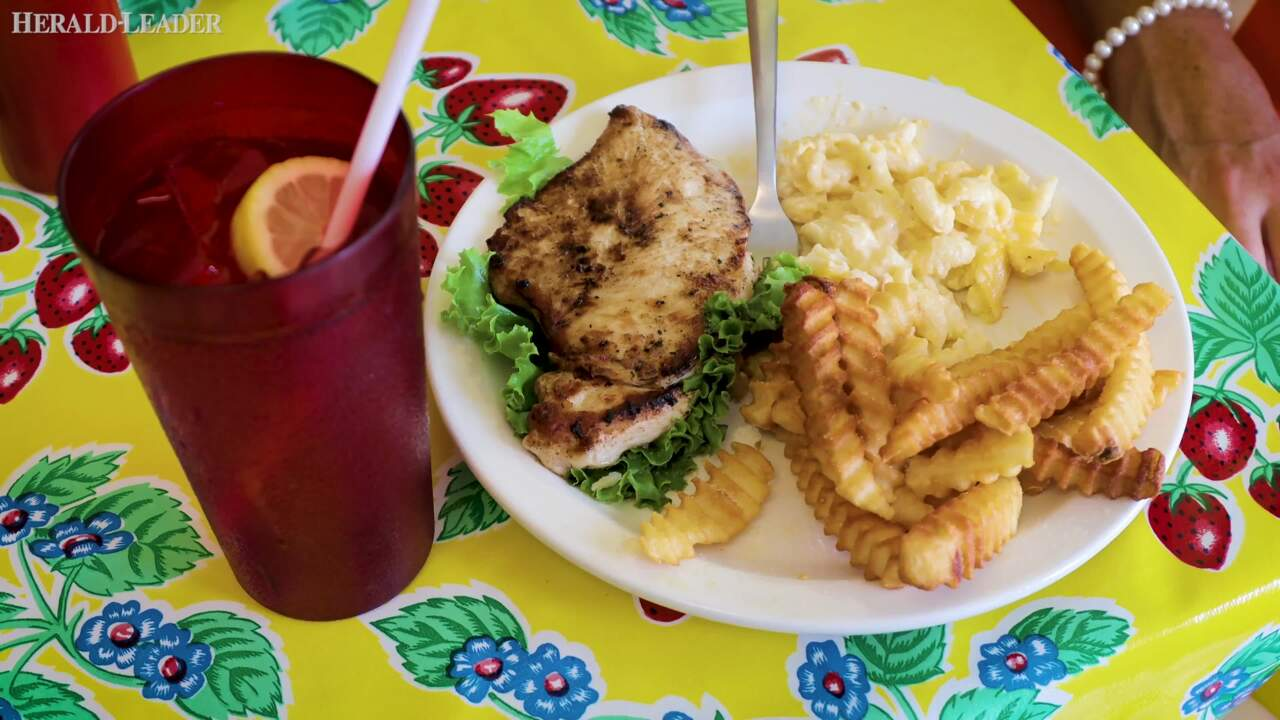Was it the food? The crowd? The cinnamon toast? Here's what made Hanna's on Lime special.