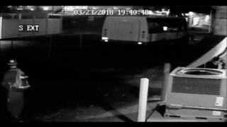 Kennewick police hunting for pair of graffiti suspects