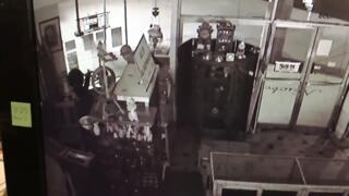 Richland burglary suspects caught on camera