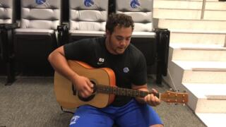 Boise State's Lui sings his version of 'Tennessee Whiskey'