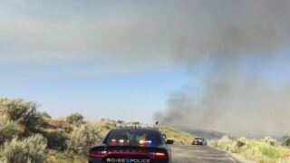 Foothills fire threatens structures