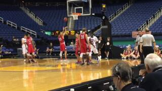 Clinton's Dewan Lesesne leads the East with 25 points