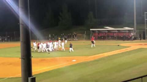 See how Nation Ford celebrated after defeating Fort Mill to go to 5A state playoffs