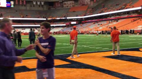 Watch as Clemson arrives for matchup against Syracuse