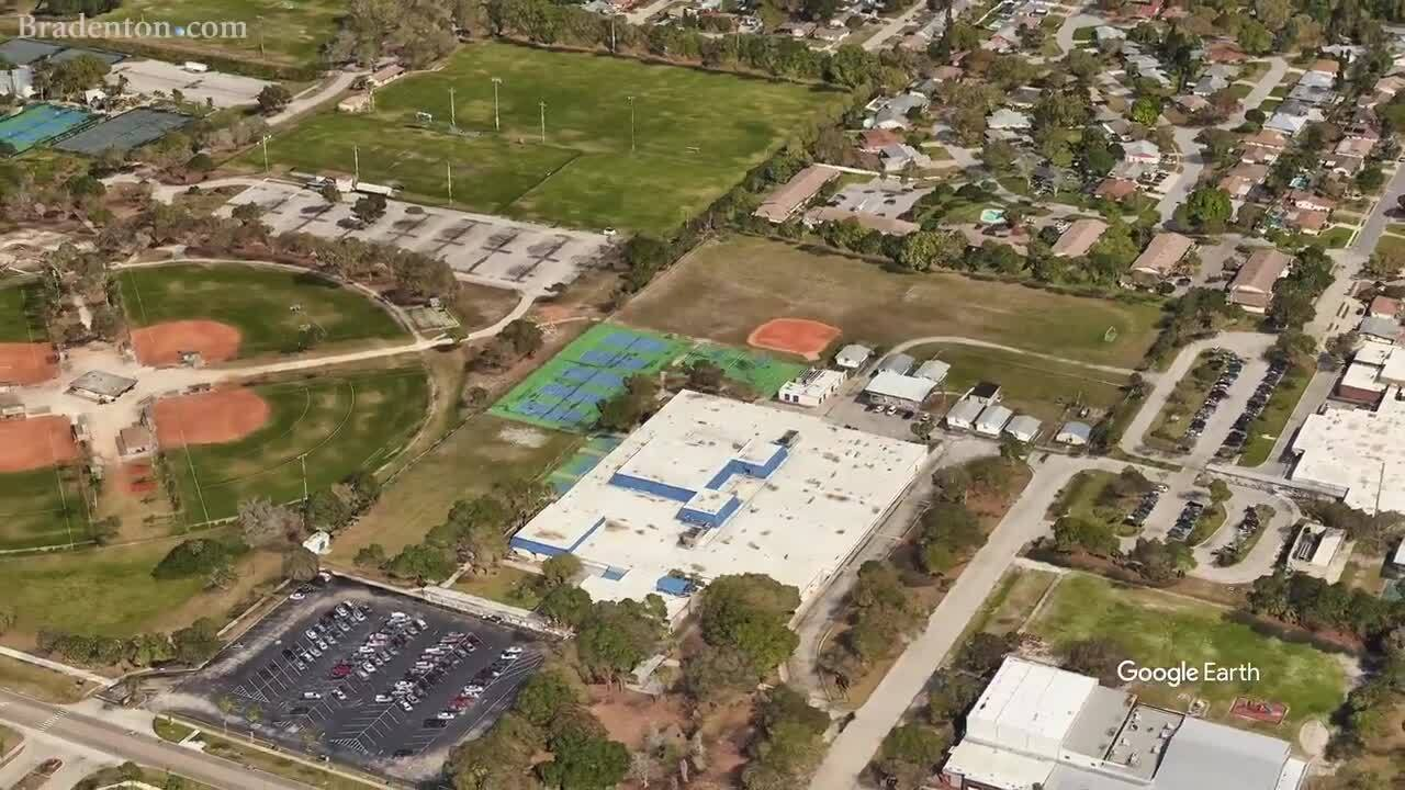 District wants to rebuild Bradenton middle school. It would come with a big price tag