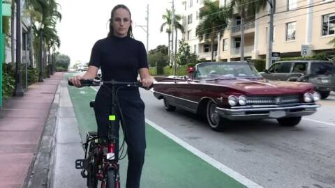 On Miami Beach's new bike lane, cars aren't the threat — they're the protection