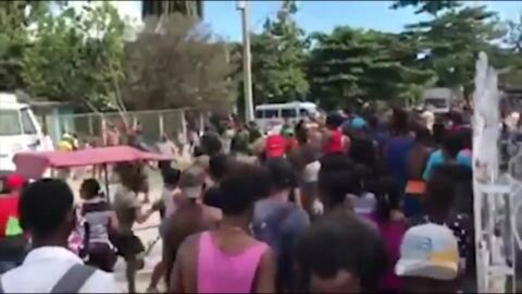 Cuban police intervene to stop a lynch mob that went after alleged rapist
