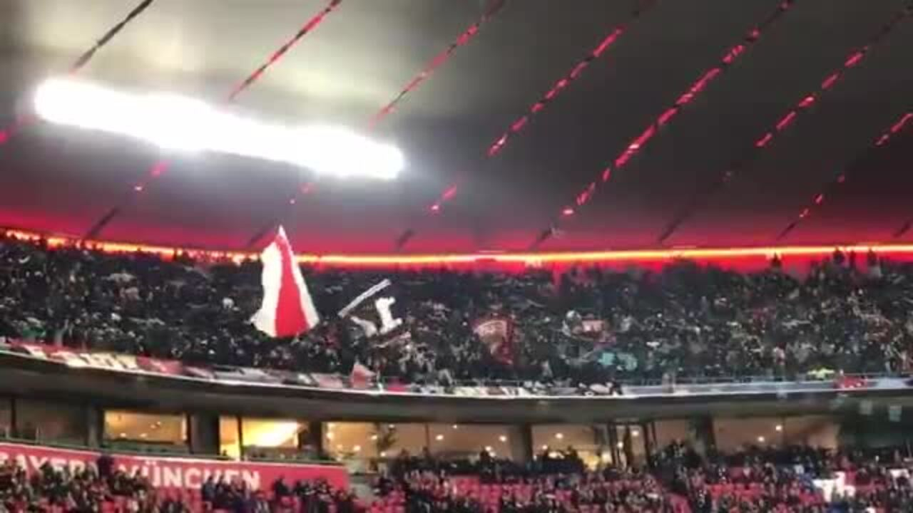 "Ajax Fans Sing ""Always Look On The Bright Side Of Life"" At The Bernabeu"