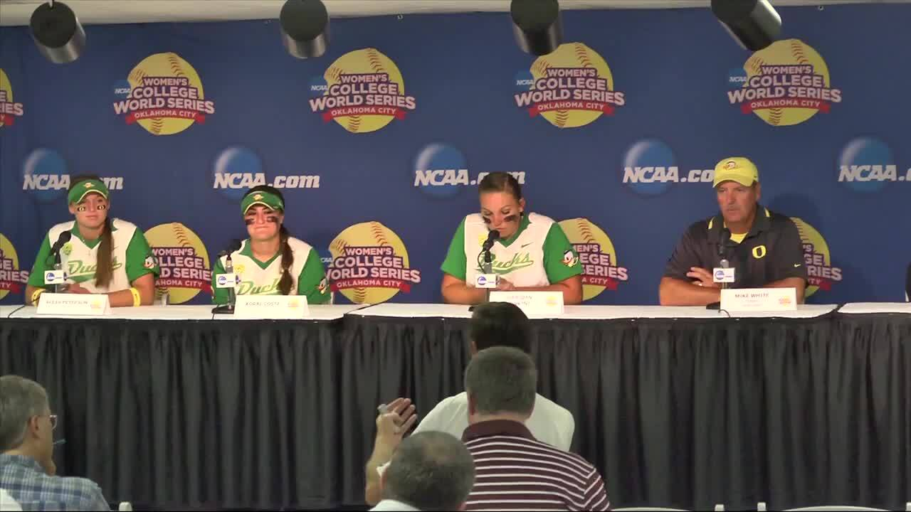 2014 NCAA WCWS Game 2 - Oregon Press Conference 5/29/14