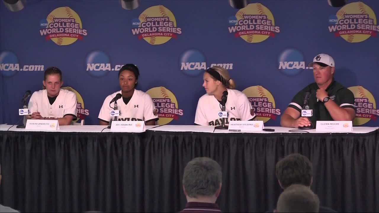 2014 NCAA WCWS Game 9 - Baylor Press Conference 5/31/14