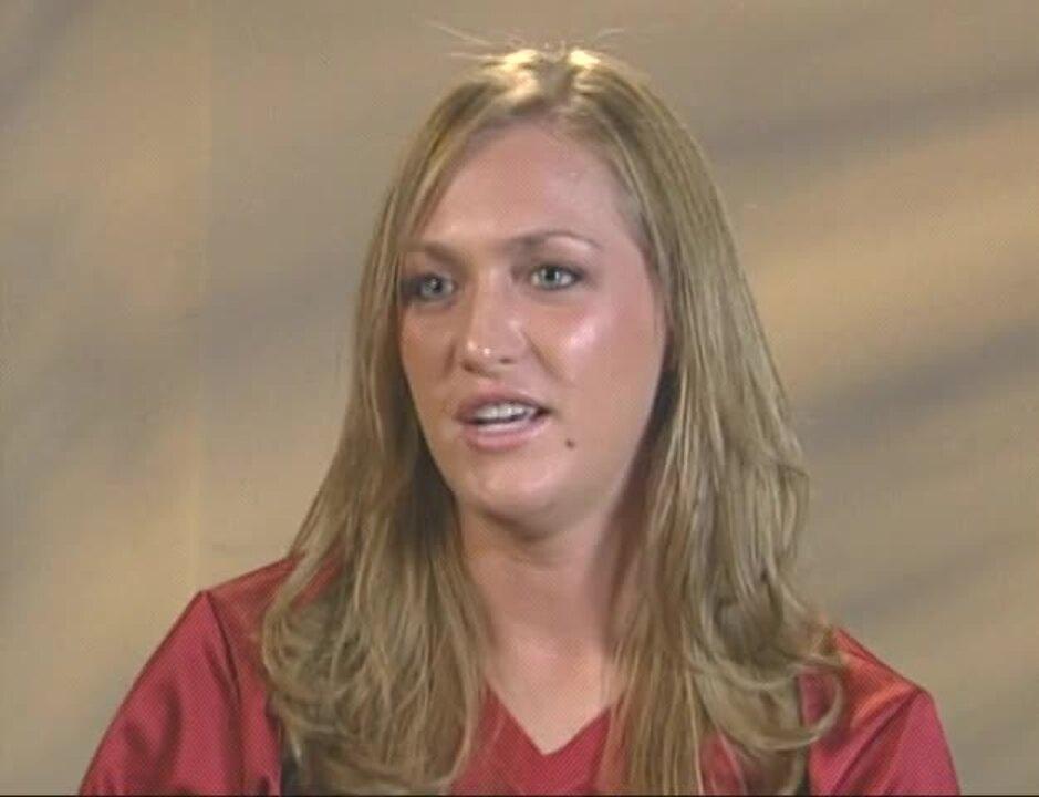 Alicia Hollowell Interview.VOB