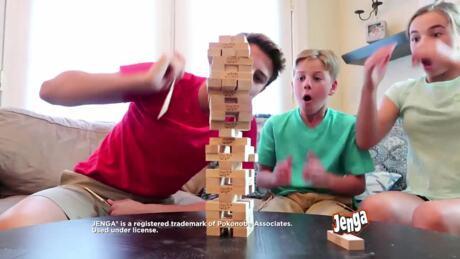 HASBRO GAMING Nouvelles idées pour jouer différemment à Twister, Jenga , Puissance 4