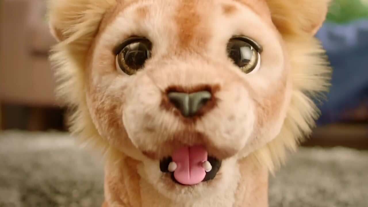 Roar with furReal Mighty Roar Simba