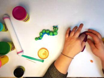PLAY-DOH - Tuto modeler un papillon et une coccinelle stop-motion