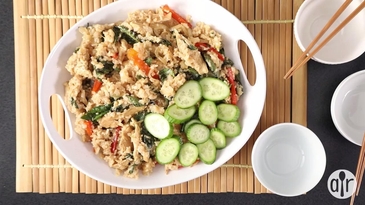 thai spicy basil chicken fried rice video