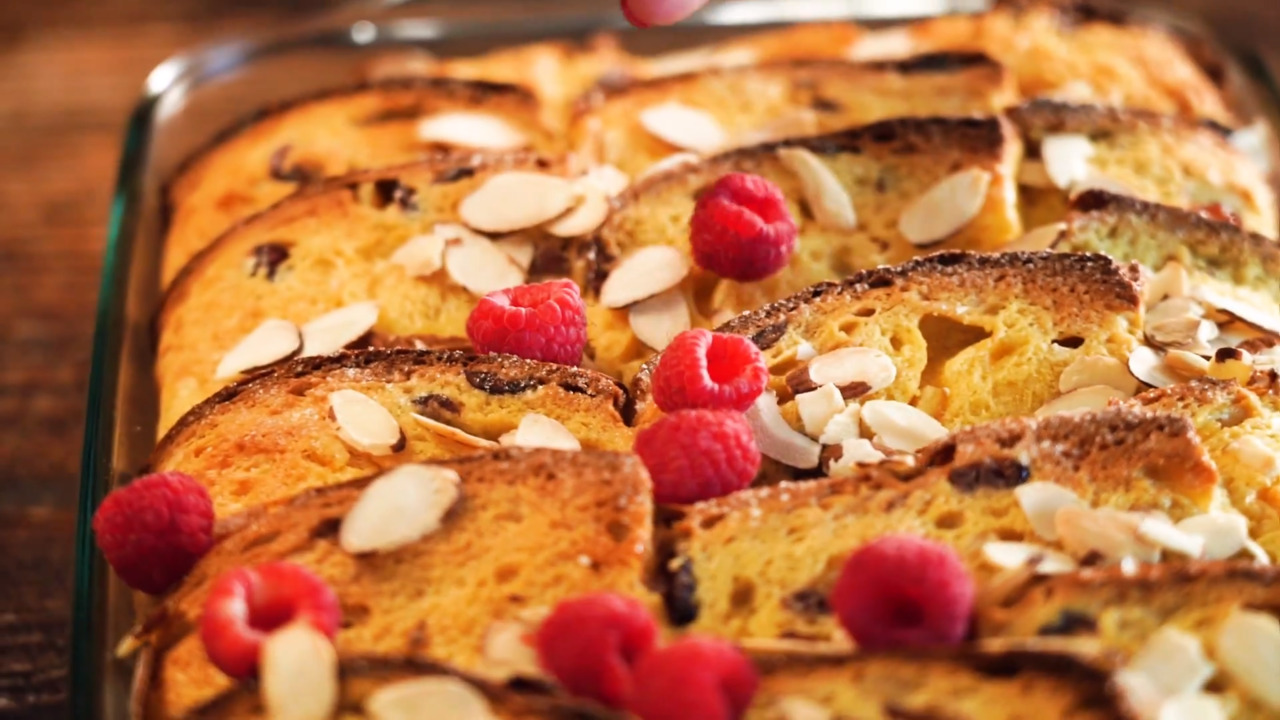 panettone french toast casserole video