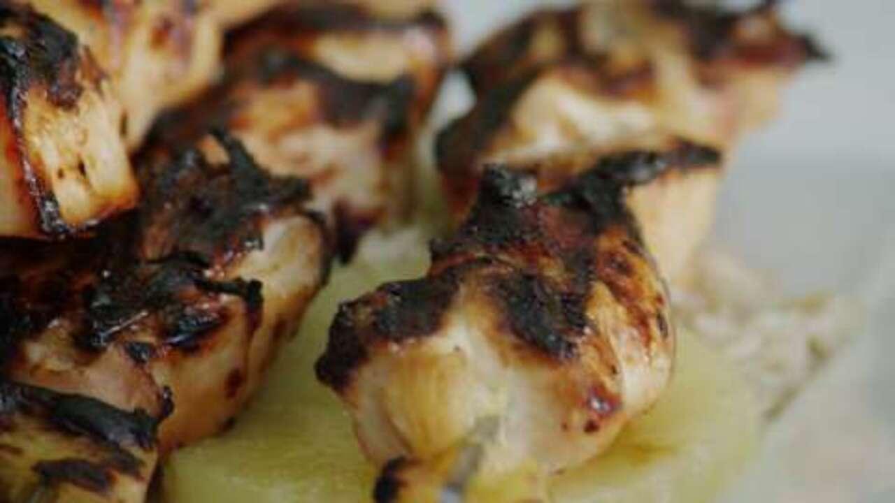 hawaiian chicken kabobs video