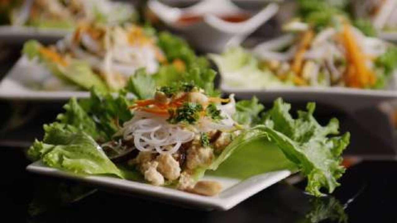 turkey lettuce wraps with shiitake mushrooms video