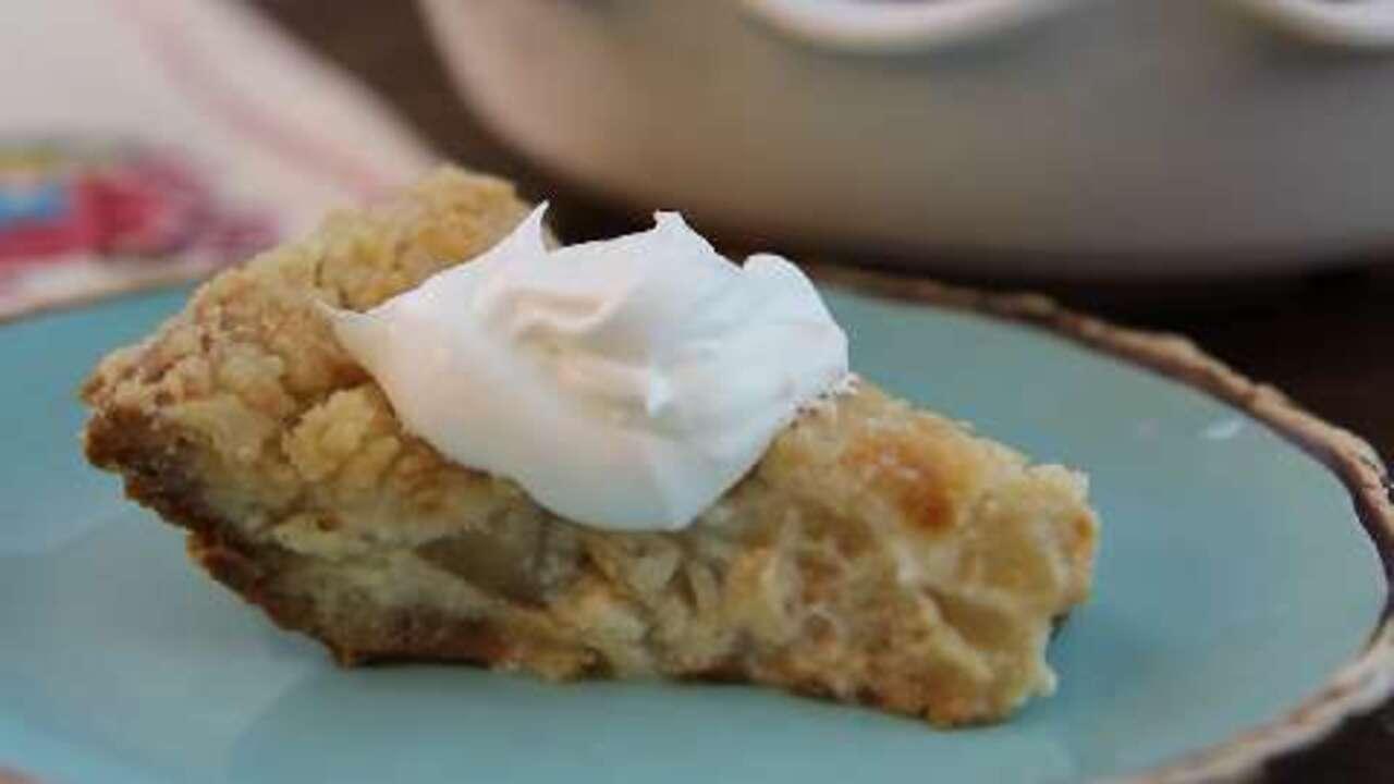 Sour Cream Pear Pie Video