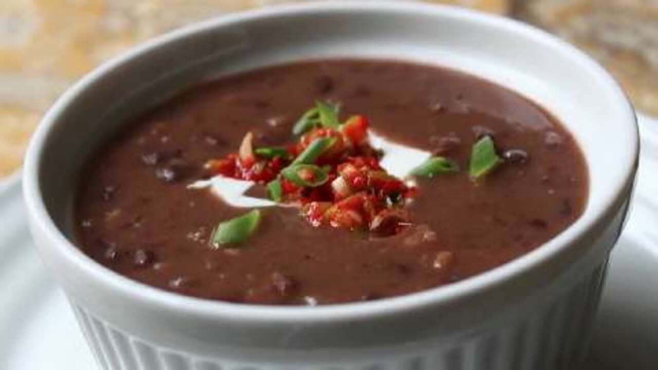quick and easy black bean soup video