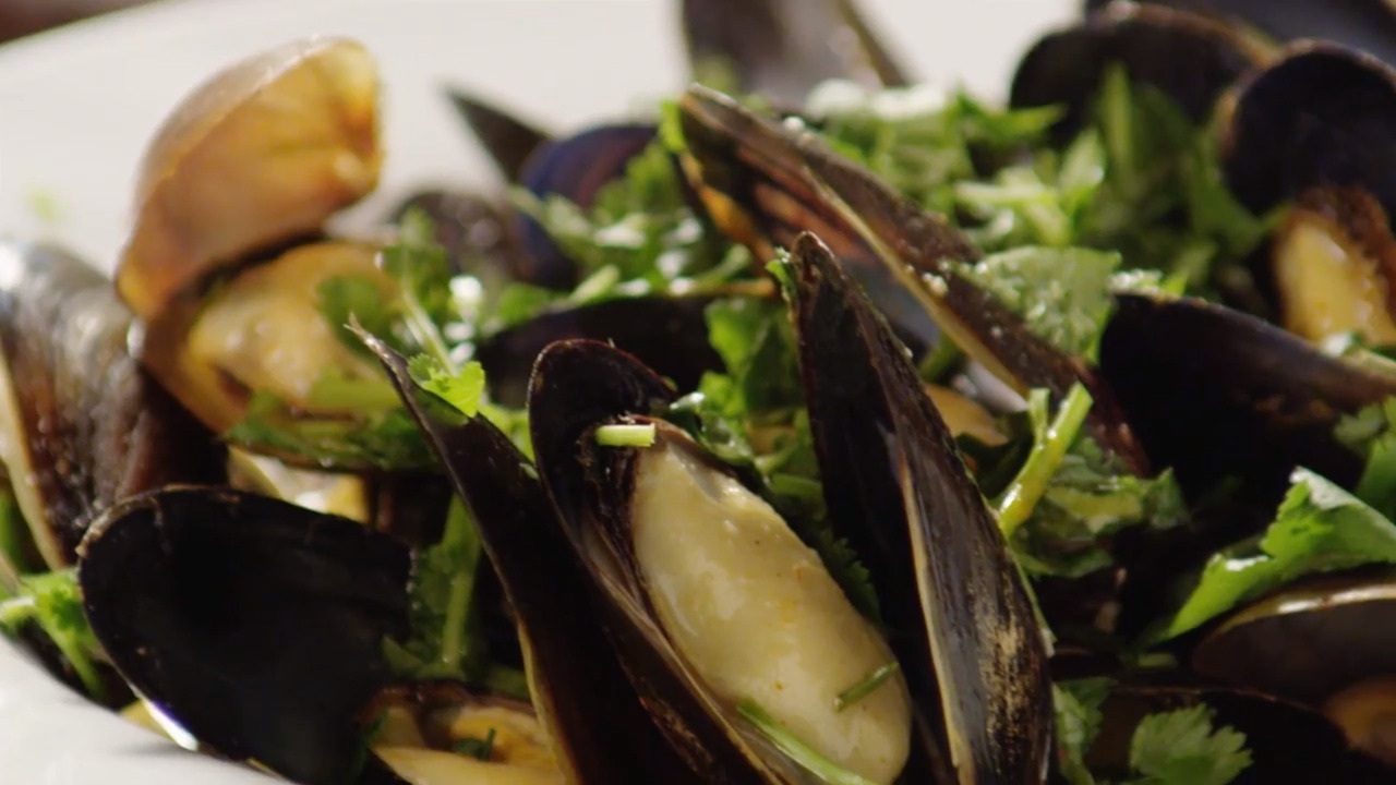 thai steamed mussels video
