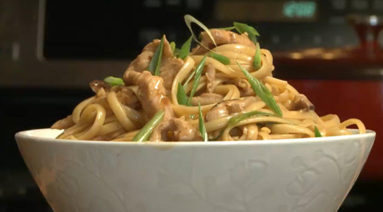 Chicken Lo Mein Video Allrecipes Com