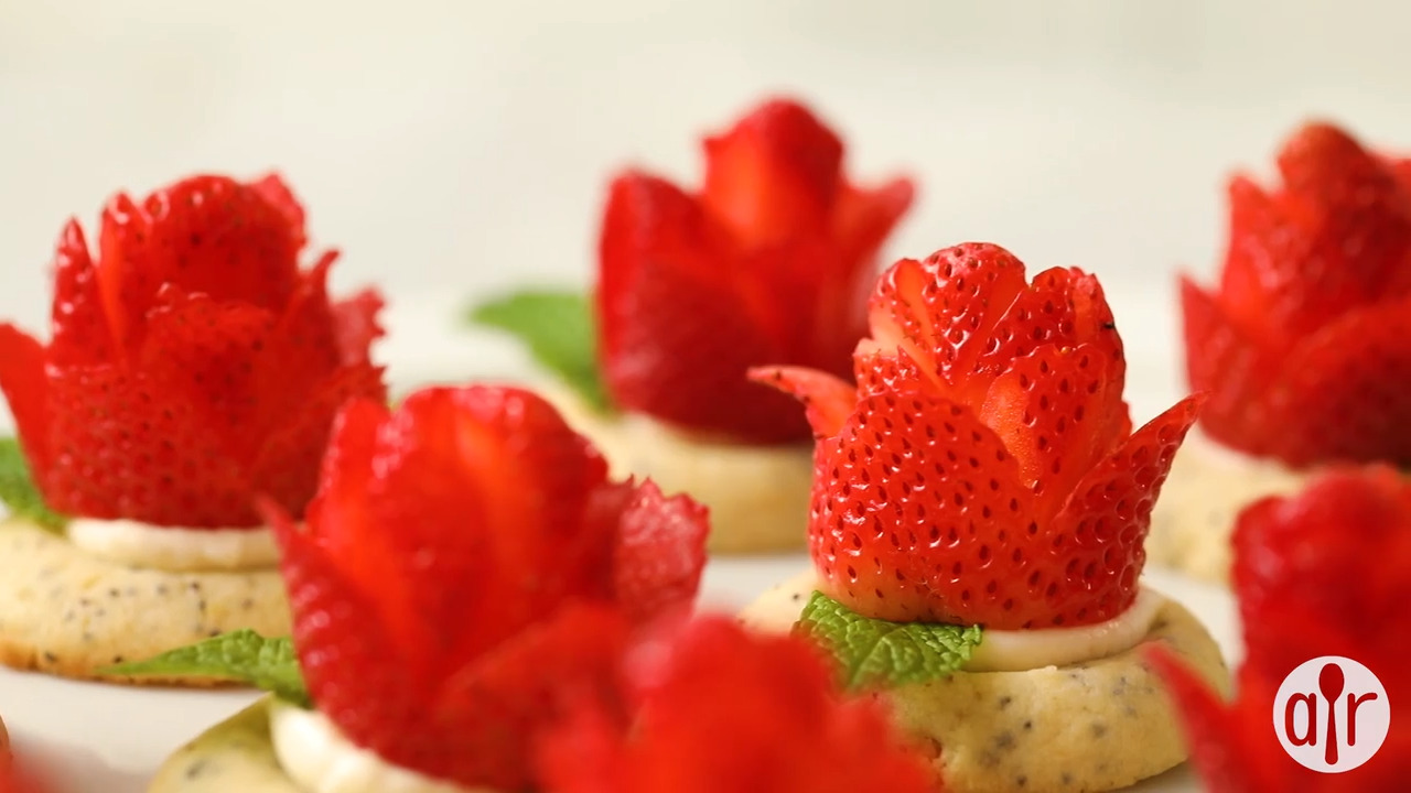 lemon poppyseed tartlet with a strawberry rose video