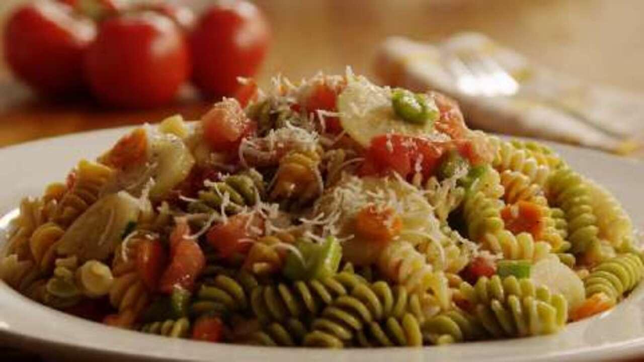 Menu For Olive Garden: Garden Pasta Salad Video